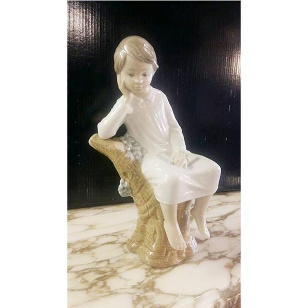 مجسمه اسپانیایی