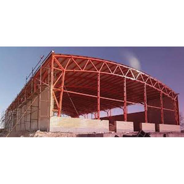 اجرا کننده پوشش سقف سوله