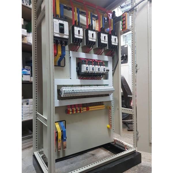 مونتاژ انواع تابلو برق صنعتی و روشنایی